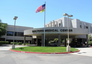 a doctors medical center modesto front entrance with flag IMG_9605